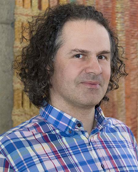 photo of Michael Nijhawan